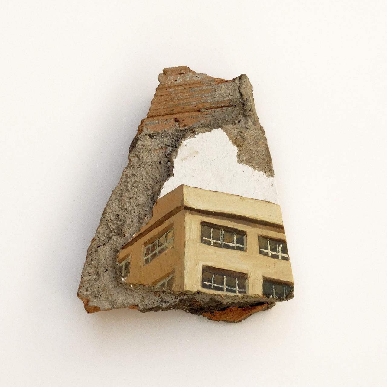 Urzaiz-México. Óleo sobre pintura plástica yeso cemento y ladrillo. 19 x 15.5 cm. Año 2014